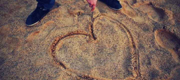 Romantic and emotional I miss you messages for her/him