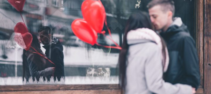 How to say sorry after a fight : 7 long love messages after a fight