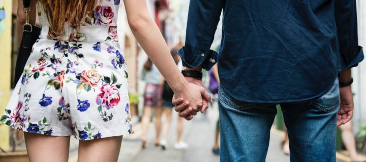 Is it love or attachment ? The 6 differences between being in love and just being attached